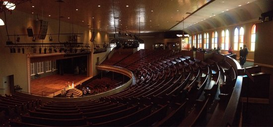 Ryman Auditorium : Coolest place in Nashville