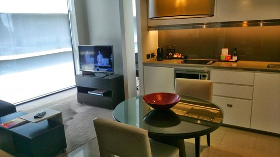 Fraser Suites Sydney : Lounge & dining