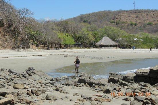 Parque Maritimo el Coco: desde la playa hacia el hotel