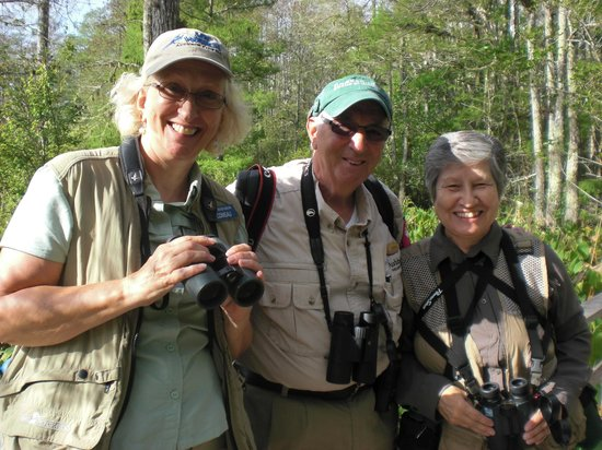 Corkscrew Swamp Sanctuary : Bird buddies with knowledgeable Corkscrew naturalist in the center