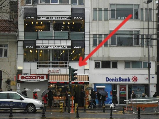 Sar Lokantasi: The restaurant seen from the outside