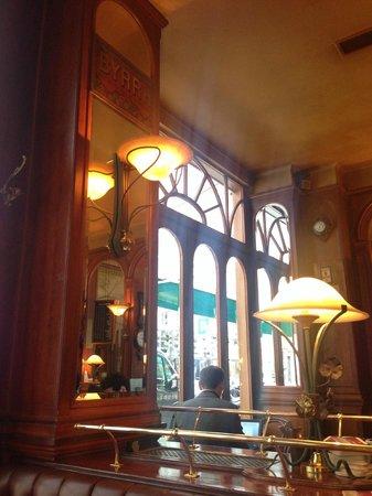 Au General Lafayette : L'intérieur du restaurant