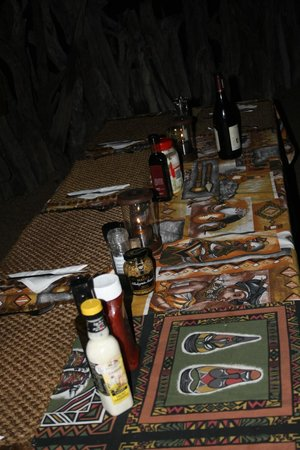 Baobab Ridge : set dinner table when we returned from game drive - self catering the perfect way !