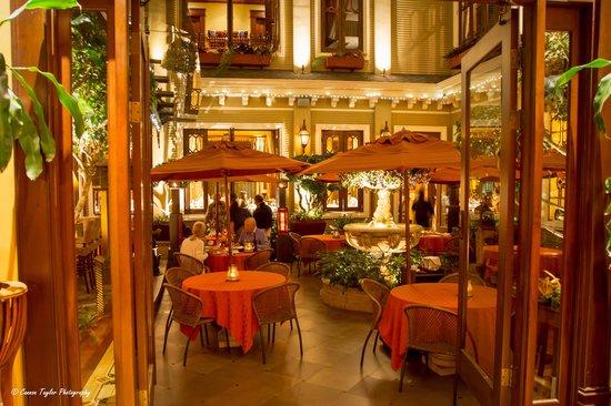Hotel Grano de Oro San Jose : Hotel courtyard