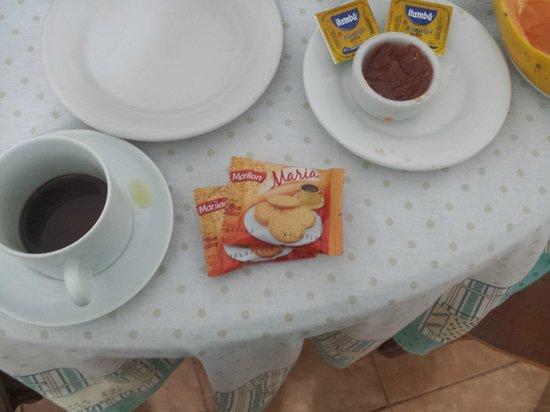 Residencial Apartt : Café da manhã