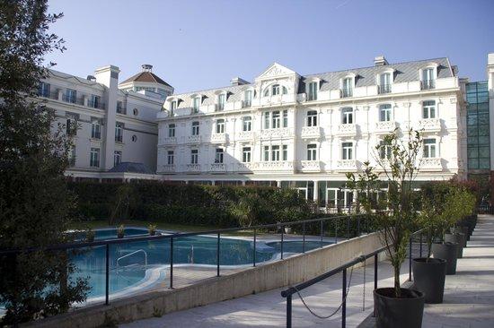 Castilla Termal Balneario de Solares: Hotel fachada interior