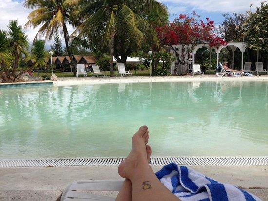 Taino Beach Resort & Clubs: Zero Entry Pool & Lazy River, Water Slide & Bar!