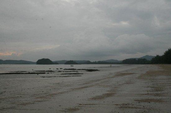 Noppharathara Beach : пляж
