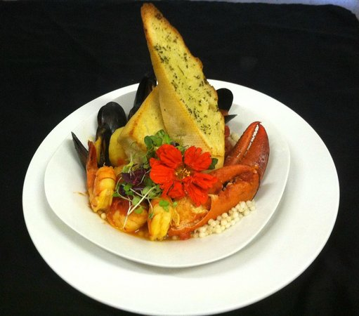 Tari's Cafe : Lobster Cioppino