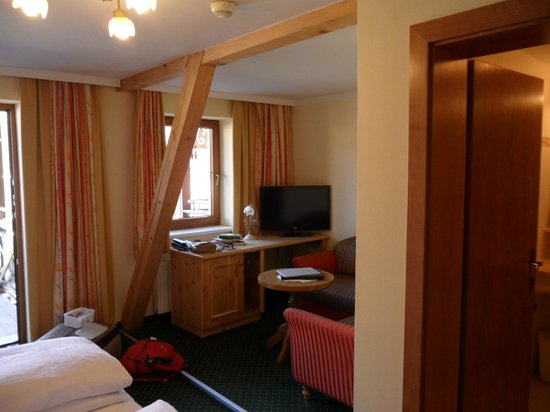 Romantik Hotel der Wiesenhof: Our room was attractive and comfortable