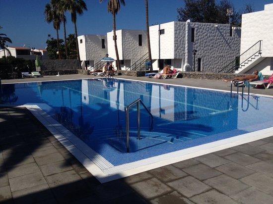 Bungamerica : La nuova piscina ok!!!