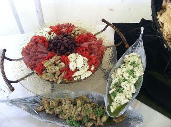 Tari's Cafe: Farm Wedding Catering 2013