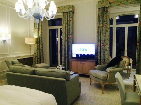Beau-Rivage Palace : room
