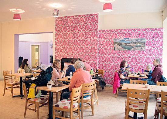 Lillie cafe and restaurant : Lillie cafe