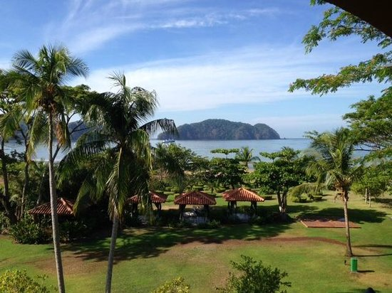 Los Suenos Marriott Ocean & Golf Resort: View from balcony