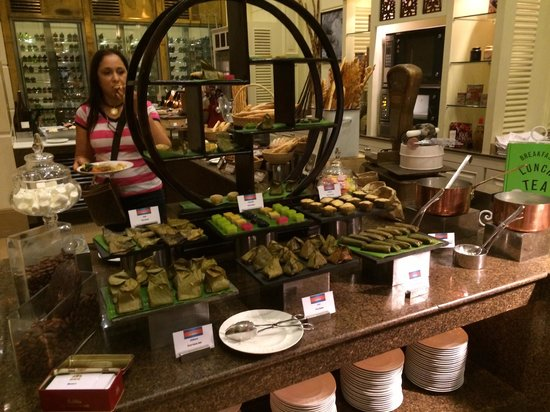 Sofitel Phnom Penh Phokeethra: One section of Breakfast choice!