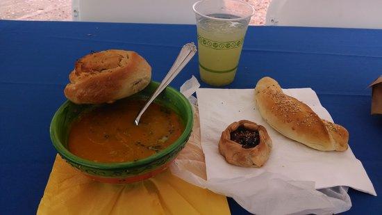 Hotel Plaza De Armas Old San Juan : Saturday Farmers Market OSJ