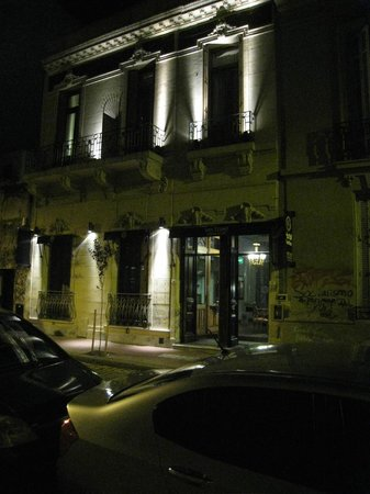 San Telmo Luxury Suites: external at night