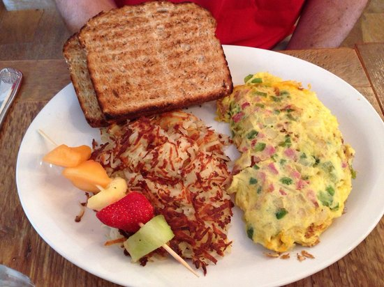 Doreen's Cup of Joe: Denver omelet...divine!