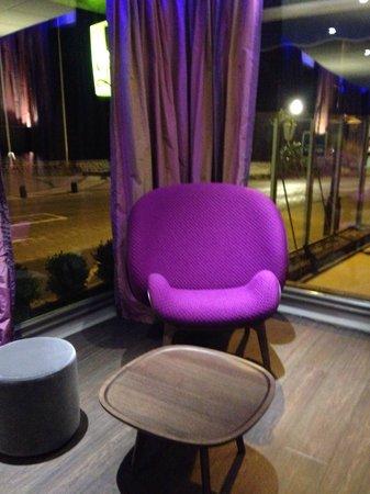 Hotel Restaurant Le Saint Aubin : Petit salon