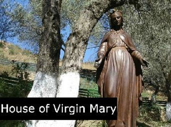 Best Ephesus Day Tours: Statue of Virgin Mary in House of Mary