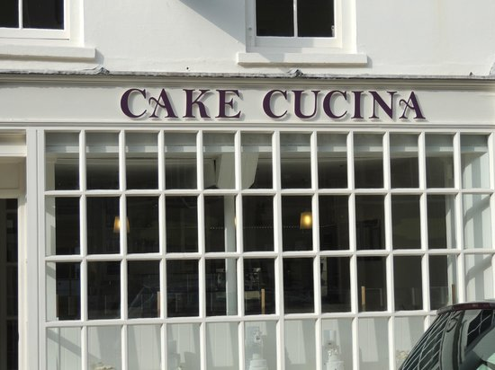 Cake Cucina: Shop front