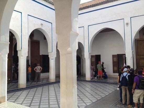 Riad Aliya : courtyard