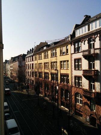 InterCityHotel Frankfurt: View from the room