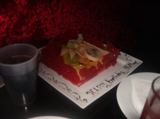 Aqua Fun Club: Birthday cake