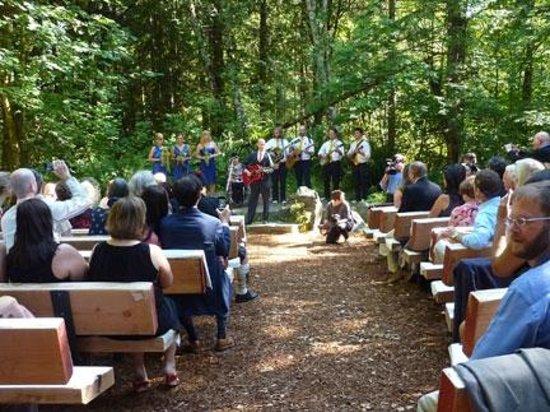 Copper Creek Inn: Weddings