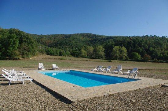 Fattoria Ghezzi: Swiming pool - Filanda