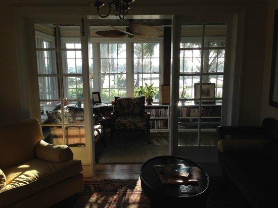 Port d'Hiver : Sitting Room