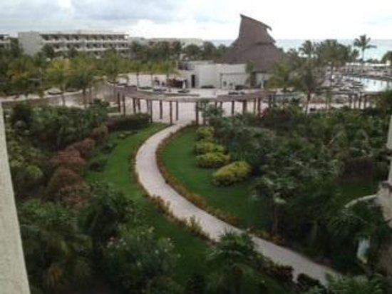 Secrets Maroma Beach Riviera Cancun: Our maginficnet view every morning from our terrace drinking great coffee.