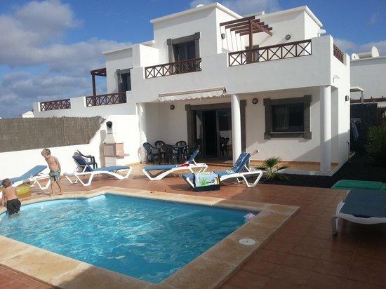 Lanzarote Green Villas: garden