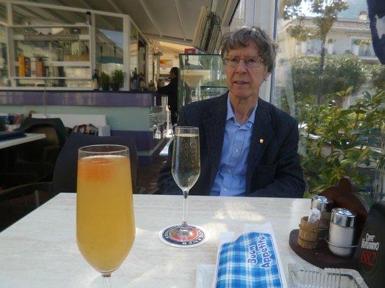 The Kiosk Bar : my peach prosecco and husband's plain prosecco
