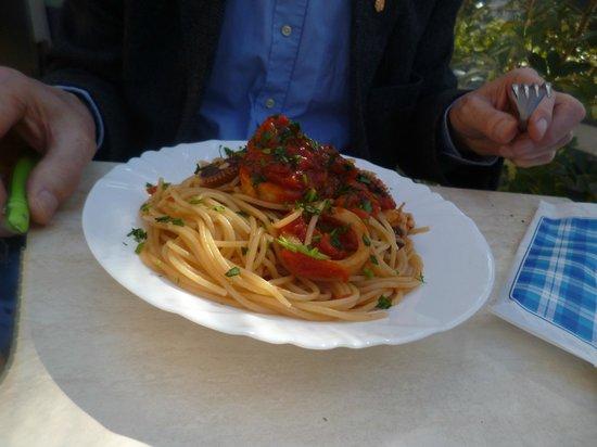 The Kiosk Bar : seafood pasta