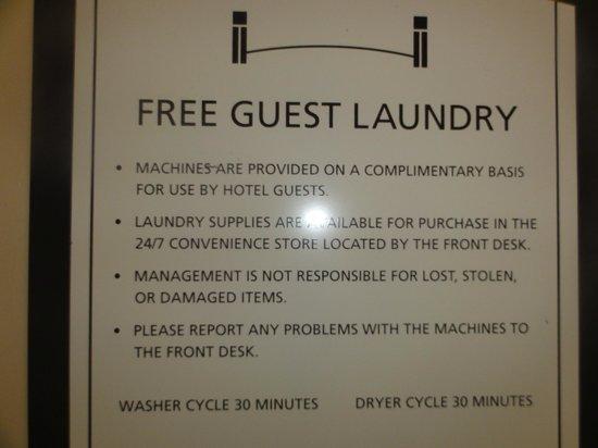 Staybridge Suites Tucson Airport: laundry sign