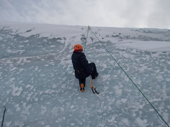 Arctic Adventures - Day Tours : Ice climbing
