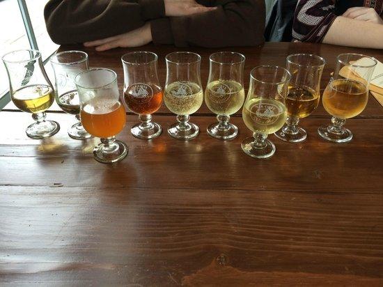 Sea Cider Farm & Ciderhouse : Cider tasting