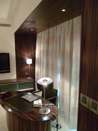 Bonnington Jumeirah Lakes Towers: Deluxe Suite