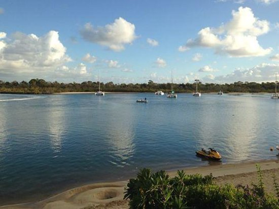 Noosa Harbour Resort: View from unit 38