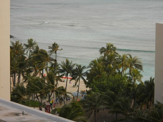 Sheraton Princess Kaiulani: View from our room on the 15th floor