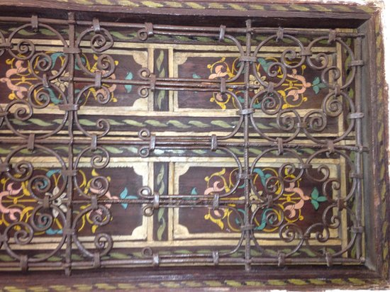 Riad Nafis : Window shutters