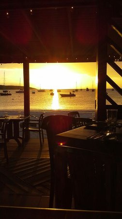 SandBar : Tapas & Sunset