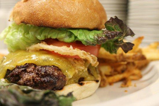 Lake Grill: Shore Lodge Signature Burger