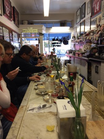 Swan Oyster Depot: Only bar service