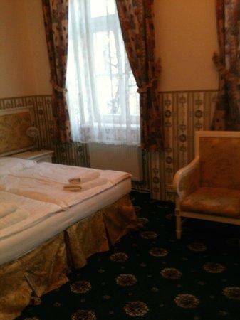 Hotel Trinidad Prague Castle: Room