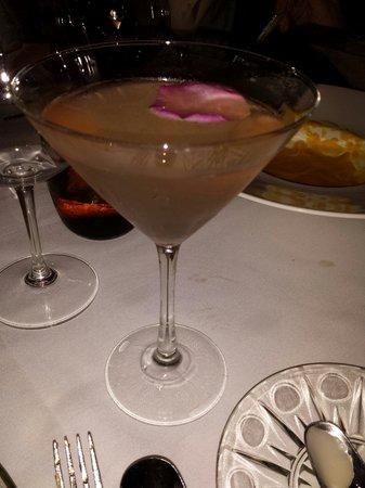 Yantar: Drino do menu com vodka belvedere.