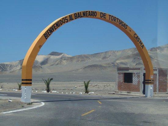 Casma, Perú: La entrada principal.