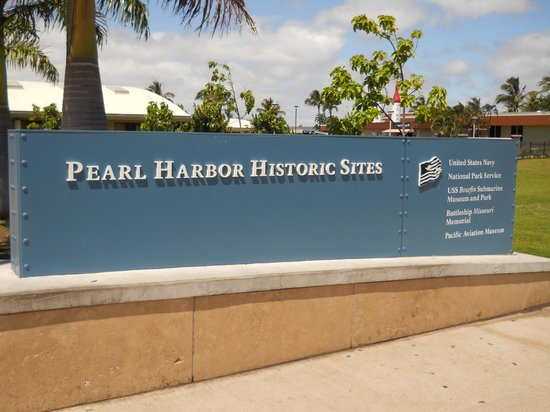 Pearl Harbor: Entrance sign